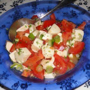 Sallad med tomat och mozzarella
