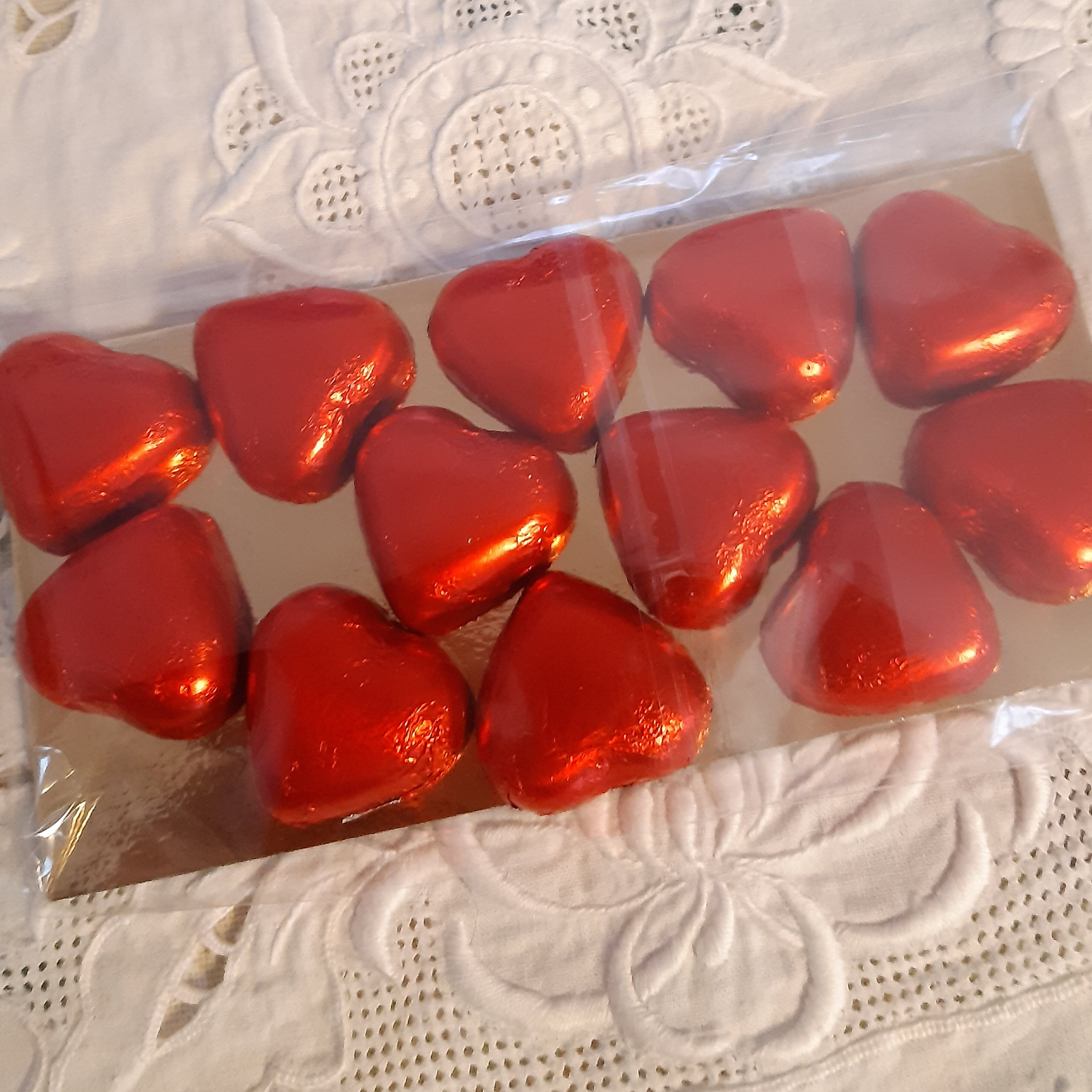 Chokladhjärtan på guldplatta 12 st
